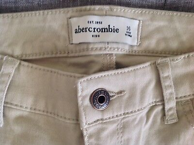 Abercrombie designer Girls skinny jeans. Age 16. Beige New Trousers. RRP £48.