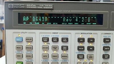 Hp 8643A  Rev 4.2.1 Opt 001 Synthesized Signal Generator (R1S-1.7)