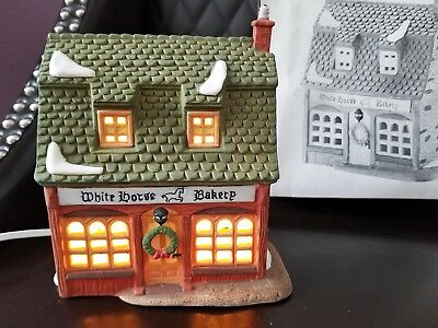 "DEPT 56 HERITAGE DICKENS' VILLAGE ""WHITE HORSE BAKERY"" 5926-9 lighted"