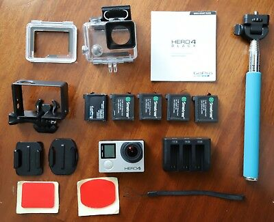 Gopro Hero 4 Black Edition Come Nuova, Caricabatterie, 5 Batterie, Bastone