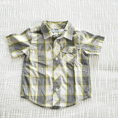 Old Navy toddler boy 18-24 mos short sleeve button Down Yellow White Plaid Shirt
