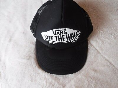 710bc23ce621 Pre Owned Vans Off the Wall Black HAt Snap Back Trucker Mesh Hat