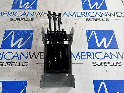 Telemecanique Ak5-Pa231H7 32 Amp 600V Mounting Plate