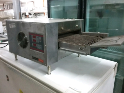 Commercial Anuil Apex Pizza Oven Ref.No: XY15 Electric