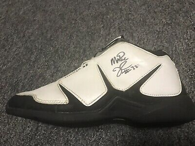 3e2d04ad04fc Rare Autographed Magic Johnson Signed Shoe LA Lakers   Dream Team + Free  Cards