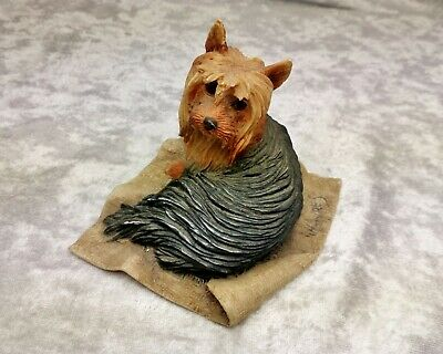 Border Fine Arts 1983 Ceramic Figurine of Yorkshire Terrier dog on Blanket