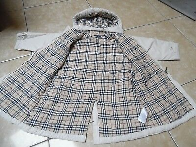 db79840b3b2 BURBERRY joli manteau fille taille 3 ans