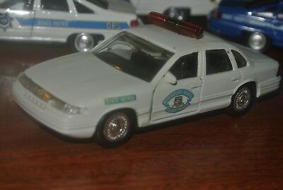 ROAD CHAMPS 1994 Crown Vic Missouri State Highway Patrol Gray / Police  Graphics
