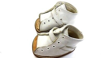 Vintage Edwards White Lace Up Open Toe Leather Baby Shoes Sandals Size 1