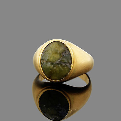 Ancient Roman Green Glass Intaglio of A Soldier in 18k Yellow Gold Men's Ring