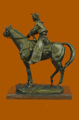 Handcrafted Hot Cast Collectible Western West Cowboy Riding Horse Bronze Statue