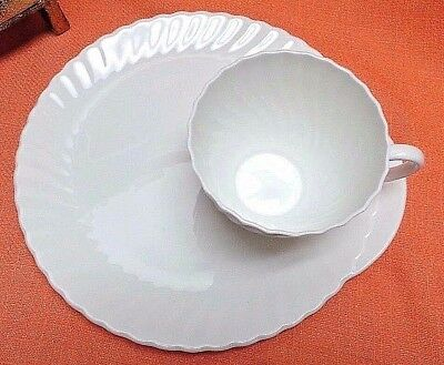 Royal ADDERLEY PORCELAIN PLATE NOS Tea Coffee CUP SHELL Luncheon Setting England