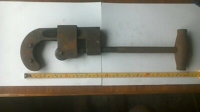 "Vintage 3 Wheel Pipe Cutter 1/2"" to 2"" seriously impressive tool"