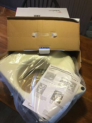 """NEW 5"""" Locking Raised Toilet Seat Elevated with Arms Armrests  300lbs NEW"""
