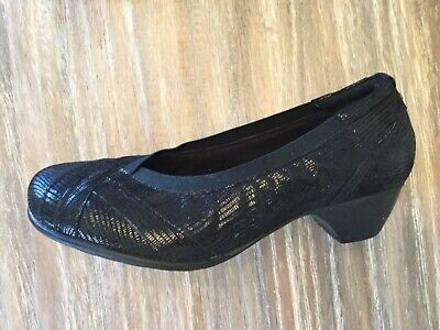 5a5338d077c Aravon by New Balance Patsy Low Pump Heels Leather Women s Shoes  150 NEW  ...