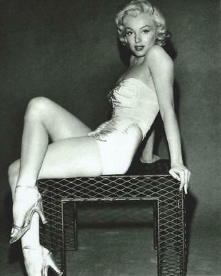 Marilyn Monroe 8x10 Picture Simply Stunning Photo Gorgeous Celebrity #33
