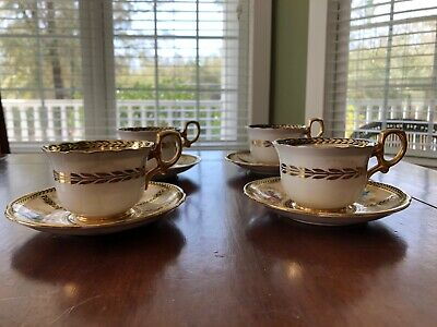 tea cups and saucers, Reproduction of Service made for Her Majesty Queen Mary