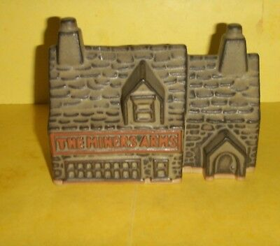 Tremar Pottery - Money Box / Piggy Bank   -  The Miners Arms