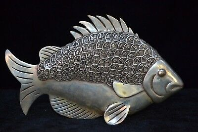 Chinese collectible old tibet silver handwork c0in fish fortune big rare Statue
