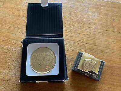 VINTAGE '70s 'STRATTON' GOLD POWDER COMPACT & PILL BOX ROCOCO PATTERN NEVER USED