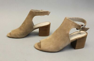 400e4179c4c Kenneth Cole New York Women s Stacked-Heel Val Sandal HD3 Cafe Size US 8M