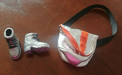 Barbie Doll Fashion Fever - Chunky Silver Boots & Silver Bag Only - Darling