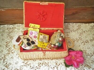 VINTAGE SEWING BASKET + CONTENTS UNUSED BEUTRON BUTTONS SMALL SEWING BOX seeMORE