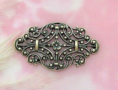 ANTIQUE BRASS (2 Pieces) Floral Delicate Filigree Stamping ~ Flower (E-104)