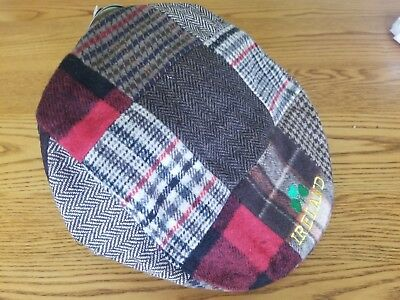 6b9afd02c14 IRISH ARAN DONEGAL TWEED FLAT RED PATCH CAP HAT DRIVING PATCHWORK ...