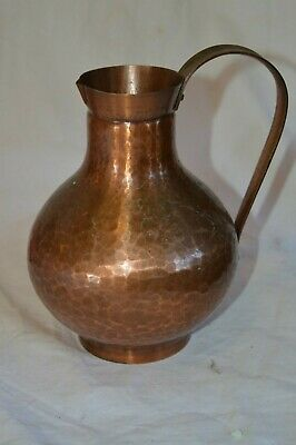 Vintage Wall Handarbeit Hand Hammered Solid Copper Pitcher German Urn Ewer Handl