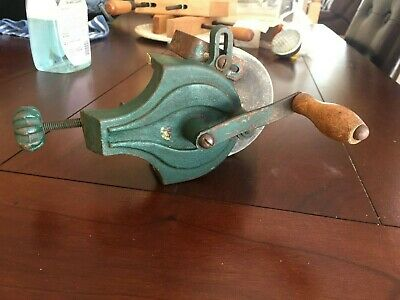 Antique Vtg Bench/table Top Grinder Sharpener Hand Crank Bench Clamp