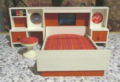 vintage* LUNDBY * DOLLS HOUSE BEDROOM FURNITURE - 16th scale