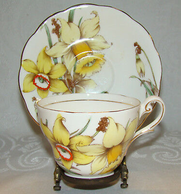 Vintage Royal Standard ENGLAND Golden Gleam Yellow Daffodils Cup & Saucer
