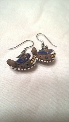 Vintage Alaska Eskimo Inuit carved whale earrings