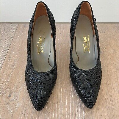 Vintage 1950's Womens Shoes - Black beaded