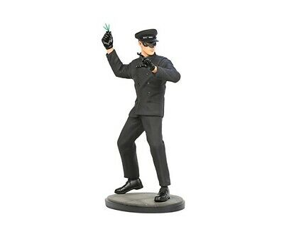 Bruce Lee As Kato 1:6 Scale Statue by Hollywood Collectibles Group JC