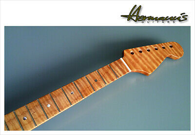 Stratocaster One Piece Curly Roasted Flamed Maple Neck Mit