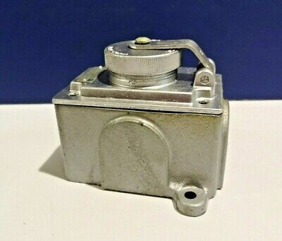 RussellStoll 3744 10A 600VAC WaterTite Receptacle Box Full Metal 4-WIRE NEW