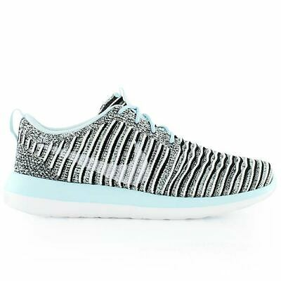 differently bd496 8c3ad Nike Womens Roshe Two Flyknit Low Top Lace Up Running Sneaker, Blue, Size  8.0