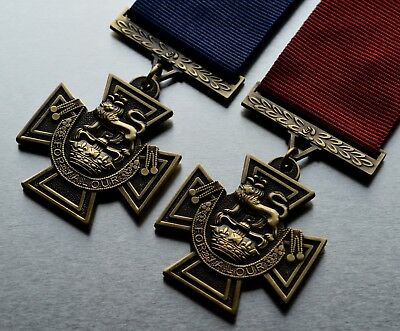 2 Full Size WW1 WW2 Victoria Cross Service Medals. Highest Honours, Army, Naval