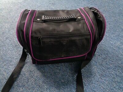hairdressing bag with comb and scissor holder
