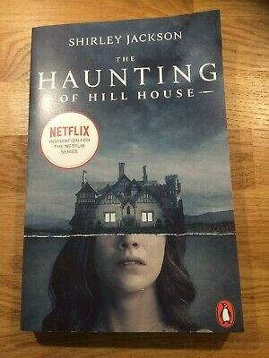 The Haunting of Hill House by Shirley Jackson (Paperback)