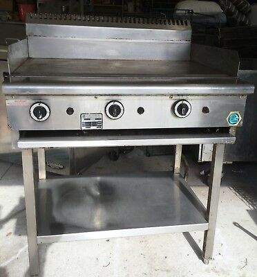 Commercial Natural Gas 3 Burner Smooth Hot Plate Griddle B+S Commercial Kitchens