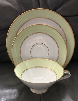 Hutschenreuther Selb Bavaria Cup Saucer Plate Trio Germany