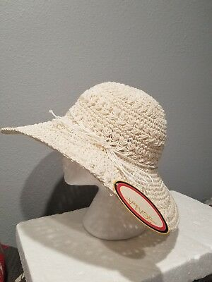 5abee2aa6d4 NEW Scala Pronto Women Wide Brim Sun Garden Hat 100% Paper One Size White  NWT