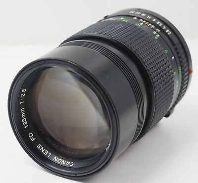 Canon New FD NFD 135mm F/2.8 MF Telephoto Lens from Japan in Good condition