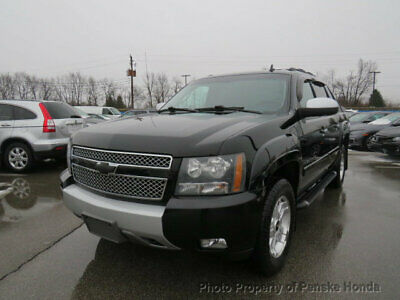 "2008 Chevrolet Avalanche 4WD Crew Cab 130"" LT w/2LT 4WD Crew Cab 130"" LT w/2LT 4 dr Truck Automatic 8 Cyl BLACK"