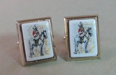 Mens Vintage ROYAL CANADIAN MOUNTY CUFFLINKS Costume Jewelry D71