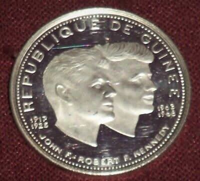 1970 REPUBLIC of GUINEA .999 SILVER 200 FRANCS, JOHN & ROBERT KENNEDY COMMEM.