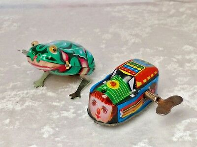 Small vintage/retro tinplate toy wind up/clockwork train and Jumping Frog